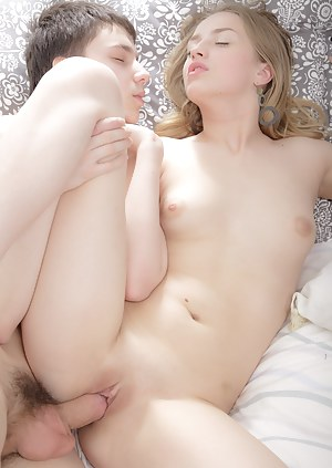 Girls Passionate Sex Porn Pictures